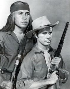 Michael Ansara et John Lupton (la fleche brisée)