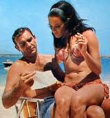 Sean Connery - Martine Beswick