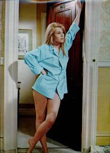 Jane Fonda 1971 - Ciné revue)