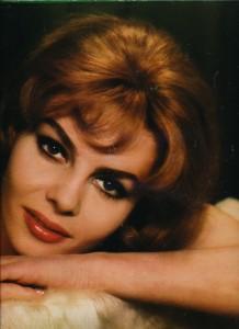 Michèle Mercier (12-01-67 ciné-revue)