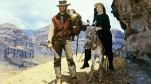 shirley MacLaine, Clint Eastwood (Sierra Torride)