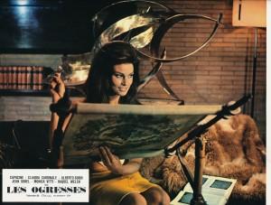 Raquel Welch dans Les Ogresses