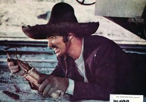 Burt Reynolds - Les cent fusils - riowestern.com