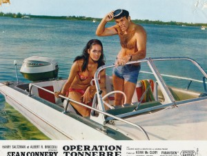 Sean Connery, Claudine Auger (Opération tonnerre)