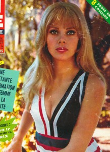Britt Ekland (ciné revue 9 mars 67)