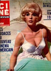 Stella Stevens (28-12-67) ciné revue