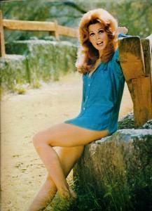 Tina Louise (cinérevue nov. 69)
