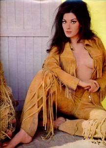Edwige Fenech (cinérevue octobre 1970)